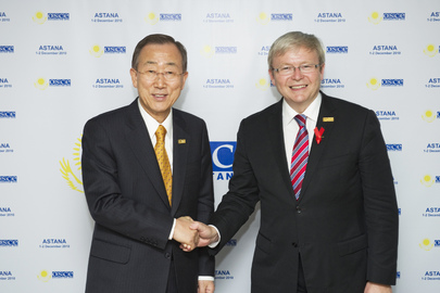 Secretary-General Meets Foreign Minister of Australia at OSCE Summit