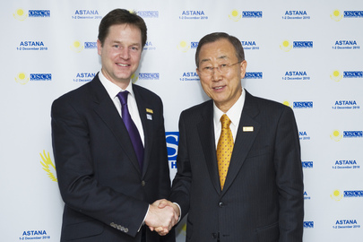 Secretary-General Meets U.K. Deputy Prime Minister at OSCE Summit