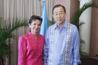 Secretary-General Meets UNFCCC Chief at Cancun Climate Change Summit