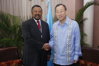 Secretary-General Meets A.U. Chairman at Cancun Climate Change Summit