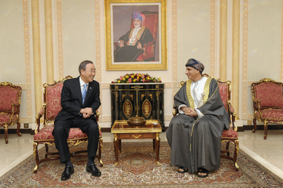 Secretary-General Meets Cabinet Chief of Oman