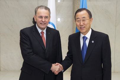 Secretary-General Meets Olympic Committee Head in Lausanne