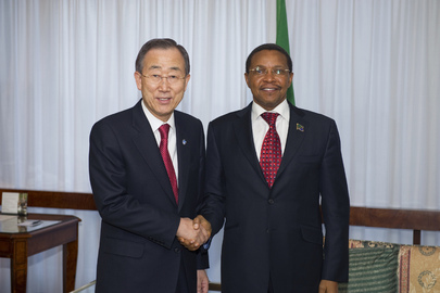 Secretary-General Meets President of Tanzania in Geneva