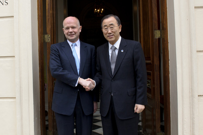Secretary-General Meets U.K. Foreign Secretary in London