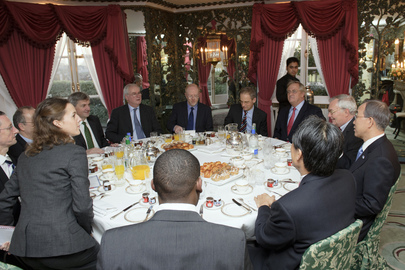 Secretary-General Meets U.K. Energy Secretary in London