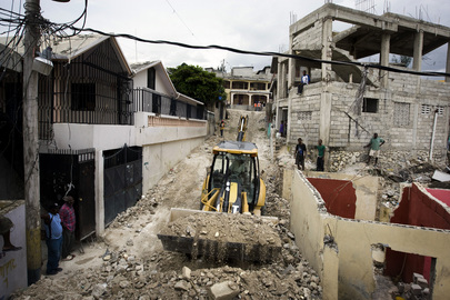 MINUSTAH Helps Clear Rubble After Haiti Earthquake
