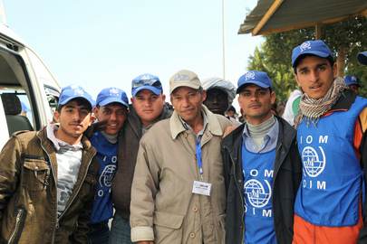 Egyptian IOM Volunteers Assist Refugees from Libya