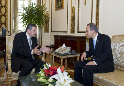 Secretary-General Meets New Egyptian Prime Minister in Cairo