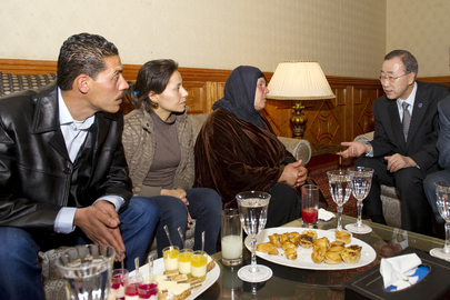 Secretary-General Meets Family of Tunisian who Sparked Revolution