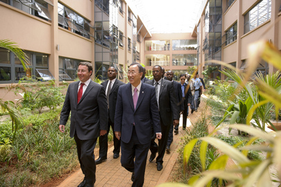 Secretary-General Tours UN's New Energy-Efficient Offices in Nairobi