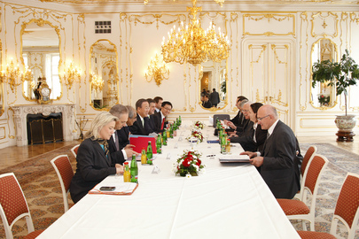 Secretary-General Meets President of Czech Republic in Prague