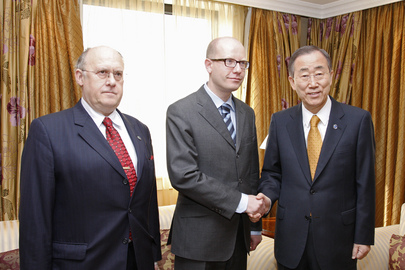 Secretary-General Meets Czech Leader of Opposition and Former Assembly President