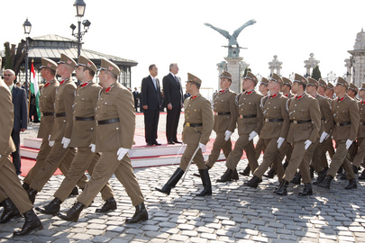 Secretary-General Greeted with Honour Guard Ceremony in Budapest