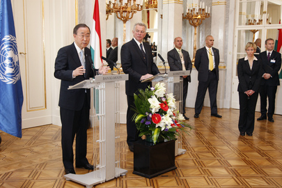 Secretary-General Holds Joint Press Conference with Hungarian President