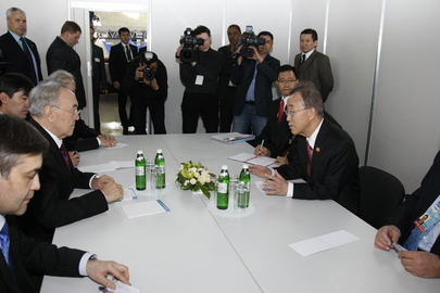 Secretary-General Meets President of Kazakhstan in Kiev