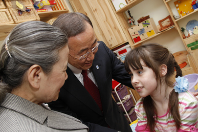 Secretary-General Visits Child Rehabilitation Centre in Moscow