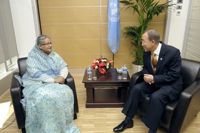 Secretary-General Meets Prime Minister of Bangladesh in Istanbul