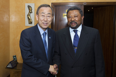 Secretary-General Meets Chair of A.U. Commission in Addis Ababa