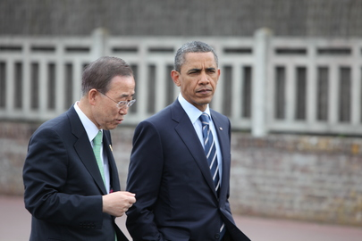 Secretary-General and US President at G8