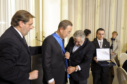 Secretary-General Receives High National Honour at Uruguay State Dinner