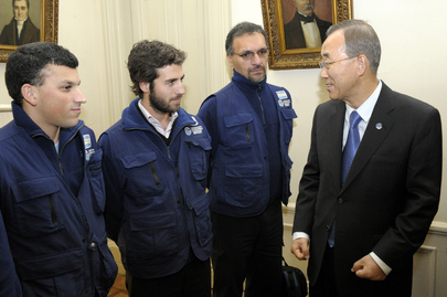 Secretary-General Meets Argentinean White Helmets