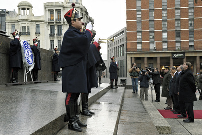 Secretary-General Lays Wreath at Artigas Monument in Montevideo