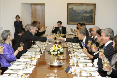 Secretary-General Attends Lunch with Brazilian Foreign Minister