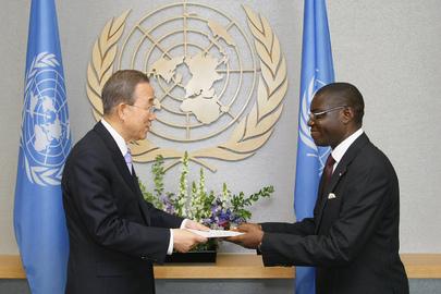 Representative of Central African Republic Presents Credentials to Secretary-General