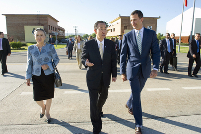 Secretary-General Arrives in Spain