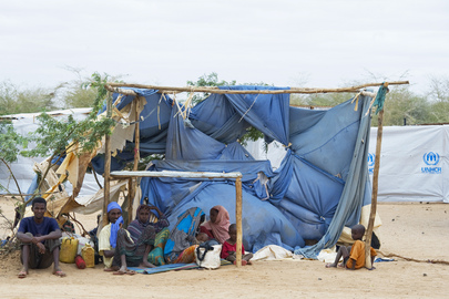 With Famine Crisis Thousands of Somalis Flee to Ethiopia Refugee Camps