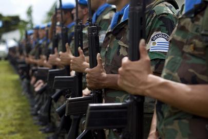 MINUSTAH's Uruguayan Peacekeepers Receive Medals