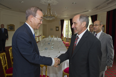 Secretary-General Meets NTC Chairman in Paris