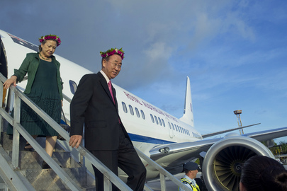 Secretary-General Arrives in Kiribati