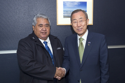 Secretary-General Meets Samoan Prime Minister in New Zealand