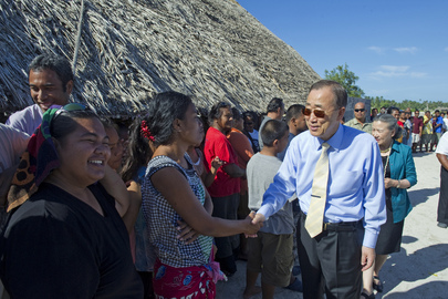 Secretary-General Visits Community Affected by Climate Change in Kiribati
