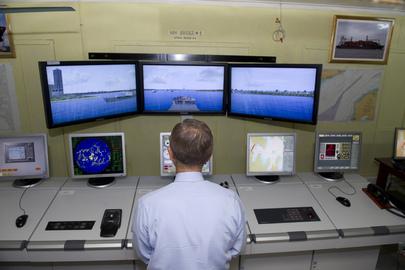 Secretary-General Visits Marine Training Center in Kiribati