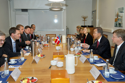 Secretary-General Meets Defence Minister of Denmark