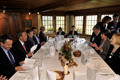 Secretary-General Attends Luncheon Hosted by Swiss President in Bern