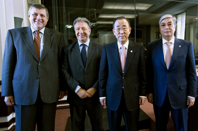 Secretary-General Meets Participants of UNECE Meeting in Geneva
