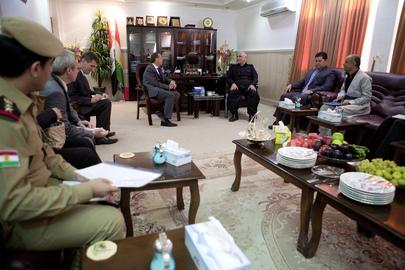 UNAMI Head Meets Kurdish Peshmerga Minister