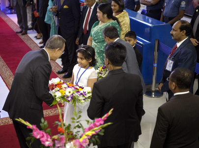 Secretary-General Arrives in Dhaka, Bangladesh
