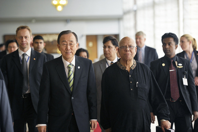 Secretary-General Meets Bangladesh Finance Minister in Dhaka