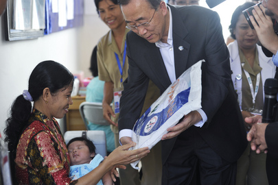 Secretary-General Visits Clinic in Central Kalimantan, Indonesia