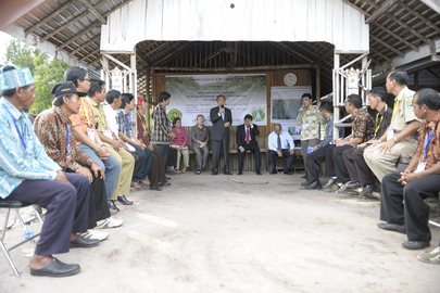 Secretary-General Meets Indigenous Communities Affected by Deforestation