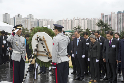 Secretary-General Visits UN Memorial Cemetery in Republic of Korea