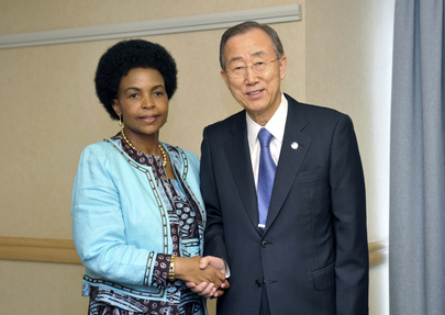 Secretary-General Meets COP17/CMP7 President in Durban