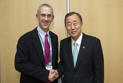 Secretary-General Meets U.S. Climate Change Envoy at Durban