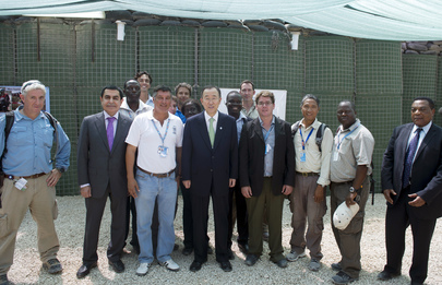 Secretary-General and Assembly President Meet UN Staff in Somalia