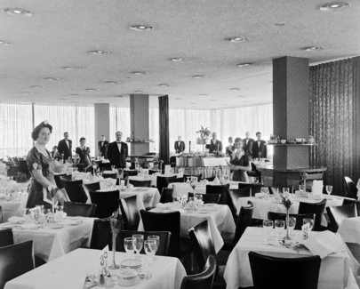 United nations photo delegates dining room at un headquarters for Un delegates dining room