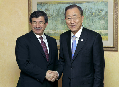 Secretary-General Meets Turkish Foreign Minister in Lebanon